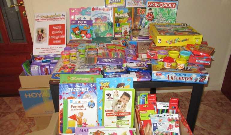 Szegeden kezelt gyermekekhez jutottak el az ajándékok