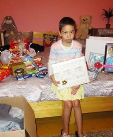 Karácsony előtt eljutottak az ajándékok a családokhoz és a centrumokba 4